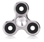 Fidget Spinner Metall Aluminium Tri-Spinner (Lång spinntid)